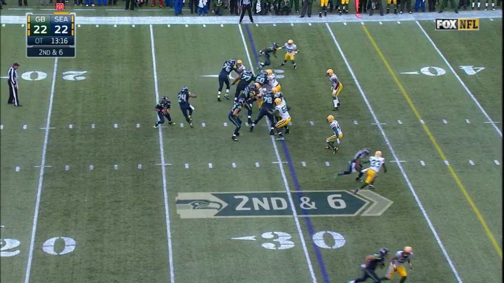 Next, the Seahawks go back to the waggle concept.  The Packers play good defense again, and Wilson is sacked by Peppers for a 1 yard loss.  This was the final appearance of the zone read or a zone read concept in the game (which would be over in two plays), but the effect of the Seahawks running game played a large role in the finish.